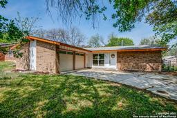 4047 Big Meadows St, San Antonio TX 78230