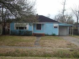 2125 ives #6179, beaumont, TX 77703