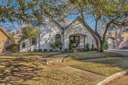 1933 berkeley place, fort worth, TX 76110