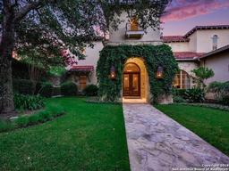 810 garraty hill, san antonio, TX 78209