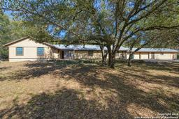 1430 White Water Rd, New Braunfels, TX 78132