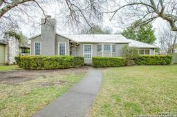 110 claywell dr, alamo heights, TX 78209