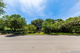 203 grant ave, alamo heights, TX 78209