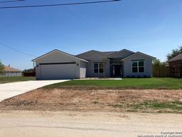 15828 Chippewa Blvd, Selma, TX 78154