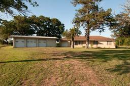 4905 Farm To Market Road 2502, Burton TX 77835