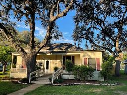 611 South Franklin Street, La Grange TX 78945