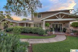 1493 sleepy hollow, new braunfels, TX 78130