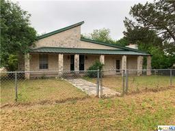 403 N 3rd Street, Lometa TX 76853