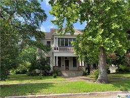 401 W Stayton Avenue, Victoria TX 77901