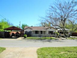 132 lilac street, burkburnett, TX 76354