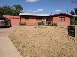 2219 Sand Road, Vernon TX 76384