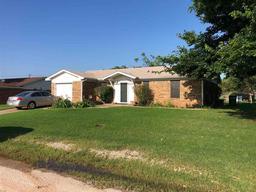 402 S Rose Street, Archer City TX 76351