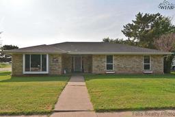 5607 Greentree Avenue, Wichita Falls TX 76306